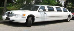 Prom Car : Lincoln Towncar Limo