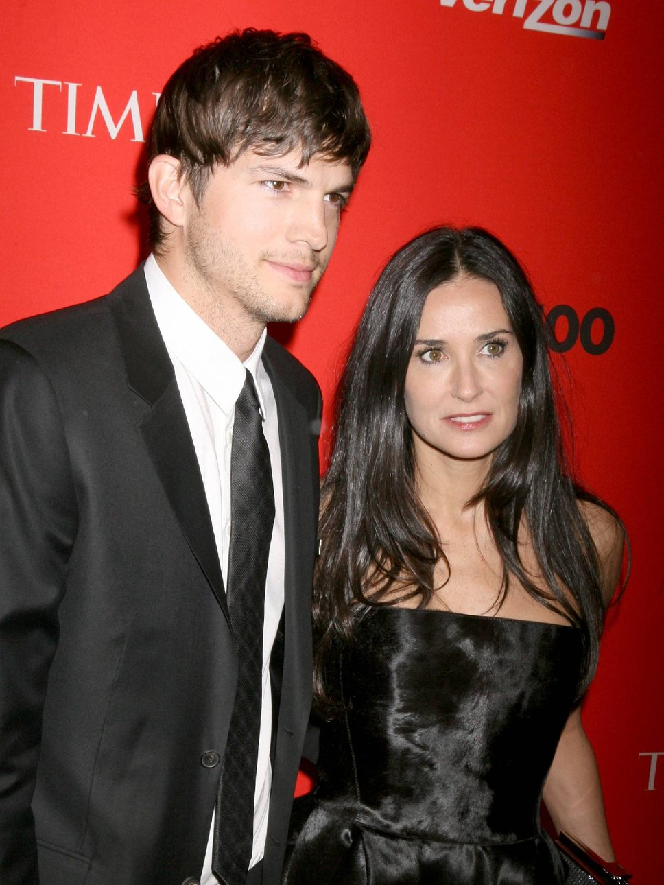 Ashton Kutcher : The Evening Suit