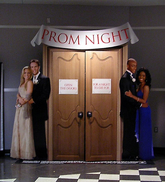 20 Ways To Ask A Girl To Prom Prom Squad