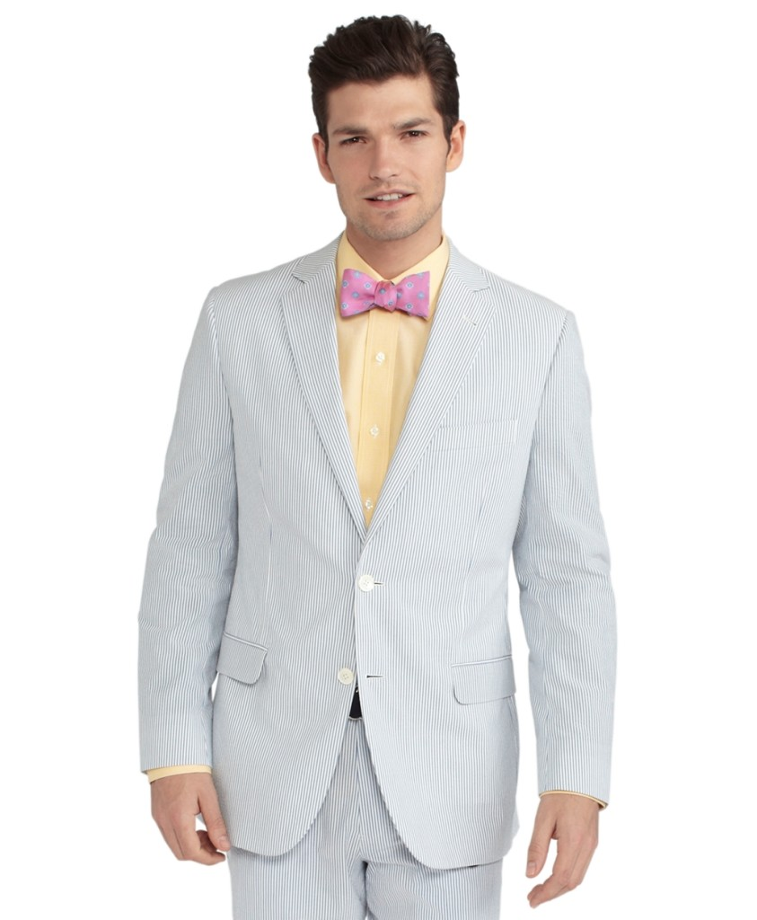 A men's seersucker suit is perfect for summer events. The use of cotton and light weight materials makes this type of suit comfortable to wear in the heat of the summer.