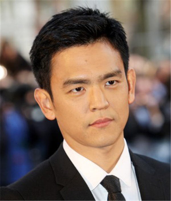 John Cho's Classic Short Hairstyle