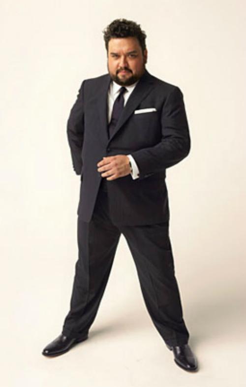 фото толстый мужик в хорошем костюме вульва впервые